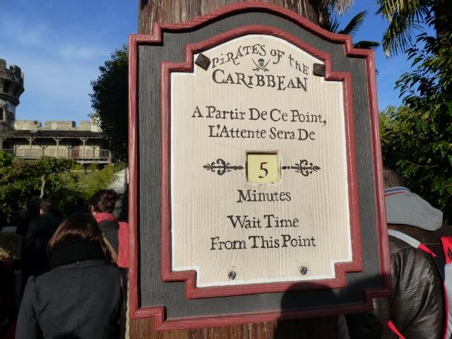 TR séjour magique & topissime à Disneyland Paris - Sequoia Lodge (GFC) - du 17/12/13 au 20/12/13 [Saison 3 Terminée - Épisode 11 – Épisode final !  posté le 25/11/2014 !] - Page 4 P1000477
