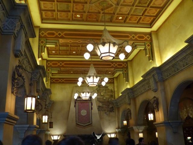 TR séjour magique & topissime à Disneyland Paris - Sequoia Lodge (GFC) - du 17/12/13 au 20/12/13 [Saison 3 Terminée - Épisode 11 – Épisode final !  posté le 25/11/2014 !] - Page 14 P1010111