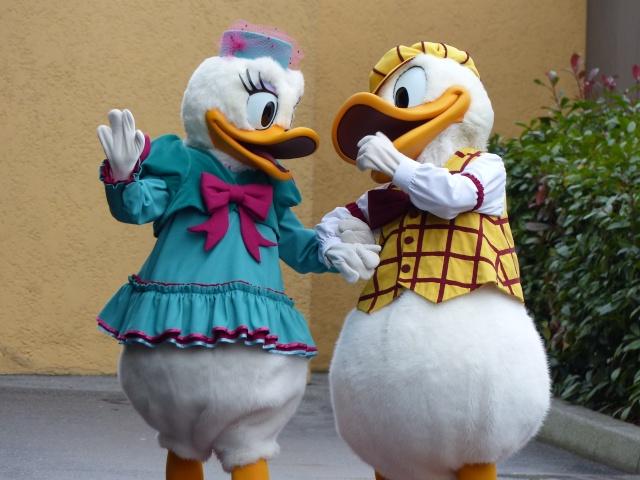 TR séjour magique & topissime à Disneyland Paris - Sequoia Lodge (GFC) - du 17/12/13 au 20/12/13 [Saison 3 Terminée - Épisode 11 – Épisode final !  posté le 25/11/2014 !] - Page 14 P1010136