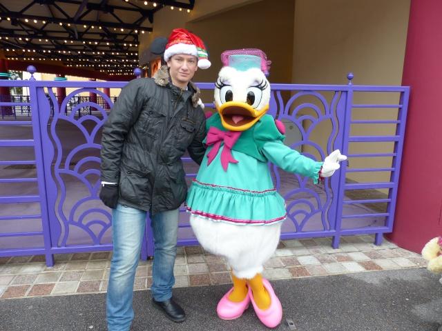 TR séjour magique & topissime à Disneyland Paris - Sequoia Lodge (GFC) - du 17/12/13 au 20/12/13 [Saison 3 Terminée - Épisode 11 – Épisode final !  posté le 25/11/2014 !] - Page 14 P1010142