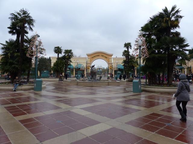 TR séjour magique & topissime à Disneyland Paris - Sequoia Lodge (GFC) - du 17/12/13 au 20/12/13 [Saison 3 Terminée - Épisode 11 – Épisode final !  posté le 25/11/2014 !] - Page 14 P1010146