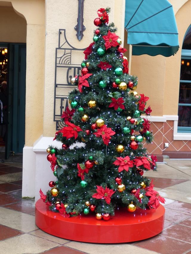 TR séjour magique & topissime à Disneyland Paris - Sequoia Lodge (GFC) - du 17/12/13 au 20/12/13 [Saison 3 Terminée - Épisode 11 – Épisode final !  posté le 25/11/2014 !] - Page 14 P1010149