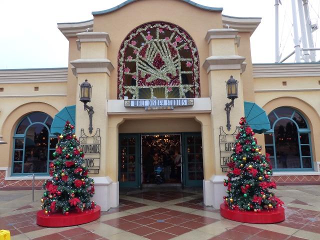 TR séjour magique & topissime à Disneyland Paris - Sequoia Lodge (GFC) - du 17/12/13 au 20/12/13 [Saison 3 Terminée - Épisode 11 – Épisode final !  posté le 25/11/2014 !] - Page 14 P1010150