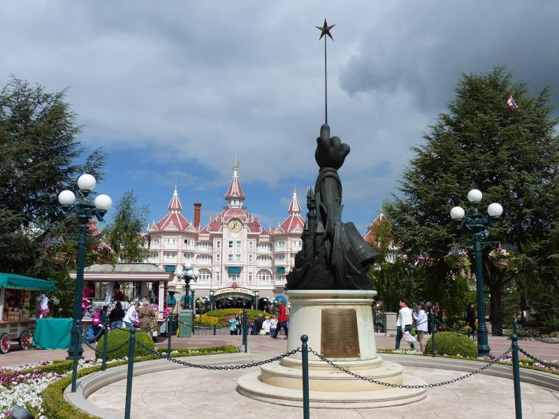 TR super séjour Saison du Printemps à Disneyland Paris - Sequoia Lodge (GFC) - du 13/05/14 au 16/05/14 [Saison 4 en cours - Episode 2 & 3 postés le 14/10/2014 !]   P1020810