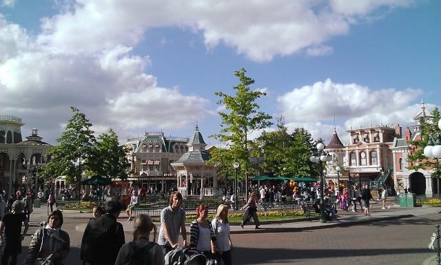 TR séjour inoubliable à Disneyland Paris - Sequoia Lodge (Golden Forest Club) - du 11/06/13 au 14/06/13 [Episode 11 - partie 3 postée le 14/12/13 - TR FINI !!] - Page 31 Wp_20127