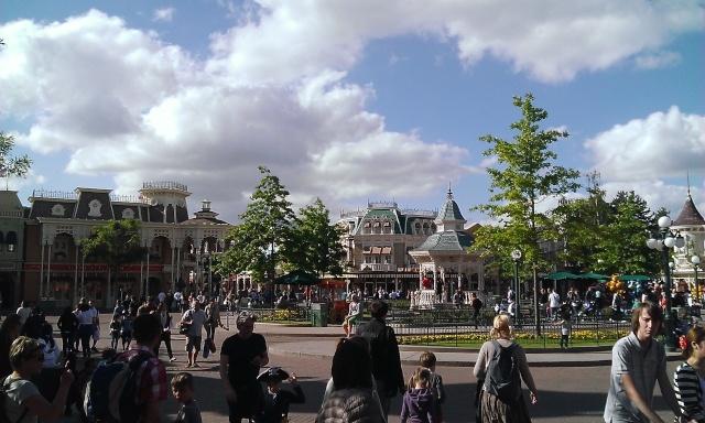 TR séjour inoubliable à Disneyland Paris - Sequoia Lodge (Golden Forest Club) - du 11/06/13 au 14/06/13 [Episode 11 - partie 3 postée le 14/12/13 - TR FINI !!] - Page 31 Wp_20128