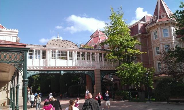 TR séjour inoubliable à Disneyland Paris - Sequoia Lodge (Golden Forest Club) - du 11/06/13 au 14/06/13 [Episode 11 - partie 3 postée le 14/12/13 - TR FINI !!] - Page 31 Wp_20130
