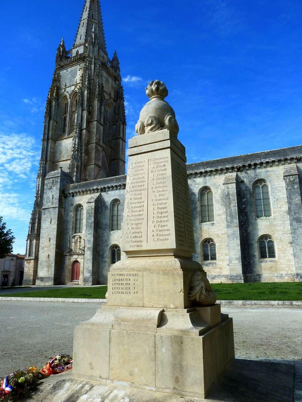 [Histoires et Histoire] Monuments aux morts originaux Français Tome 1 - Page 37 8378_p11