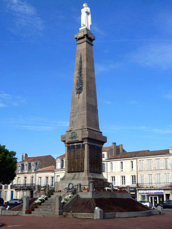 [Histoires et Histoire] Monuments aux morts originaux Français Tome 1 - Page 38 8382_p10