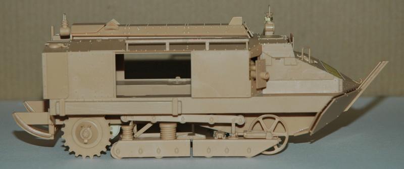 Le Schneider Ca Armored de Hobby Boss au 1/35ème 00810