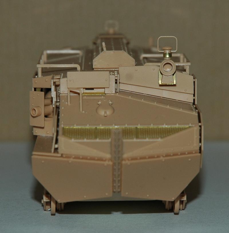Le Schneider Ca Armored de Hobby Boss au 1/35ème 00910
