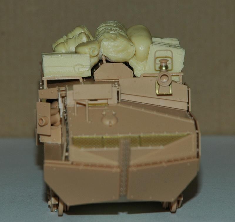 Le Schneider Ca Armored de Hobby Boss au 1/35ème 01410