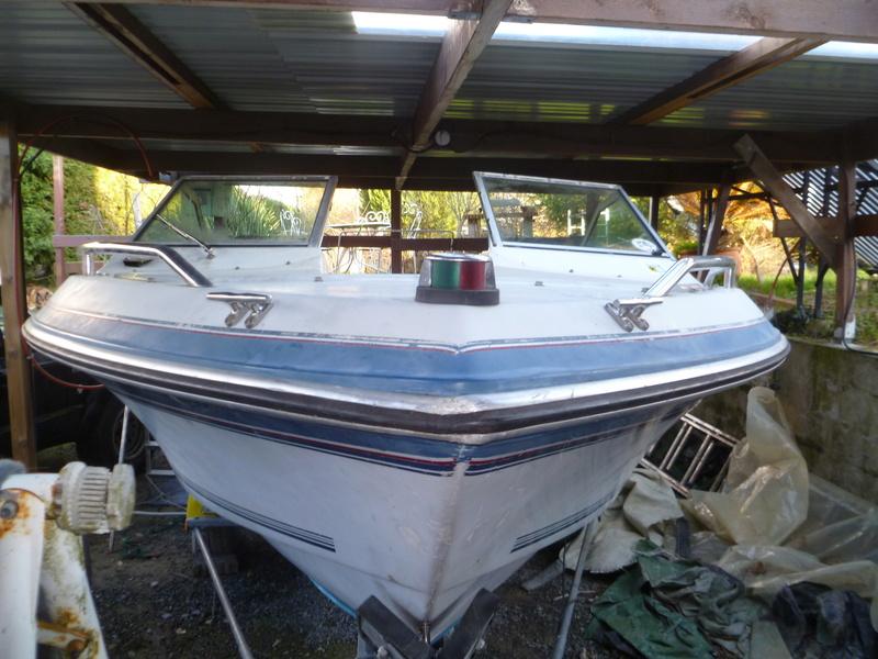 Démontage d'un bateau a moteur et réfection totale P1050411