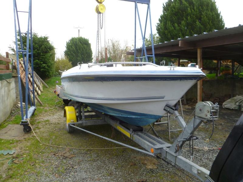 Démontage d'un bateau a moteur et réfection totale P1050513