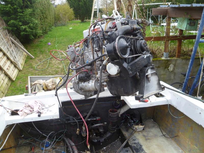 Démontage d'un bateau a moteur et réfection totale P1050519