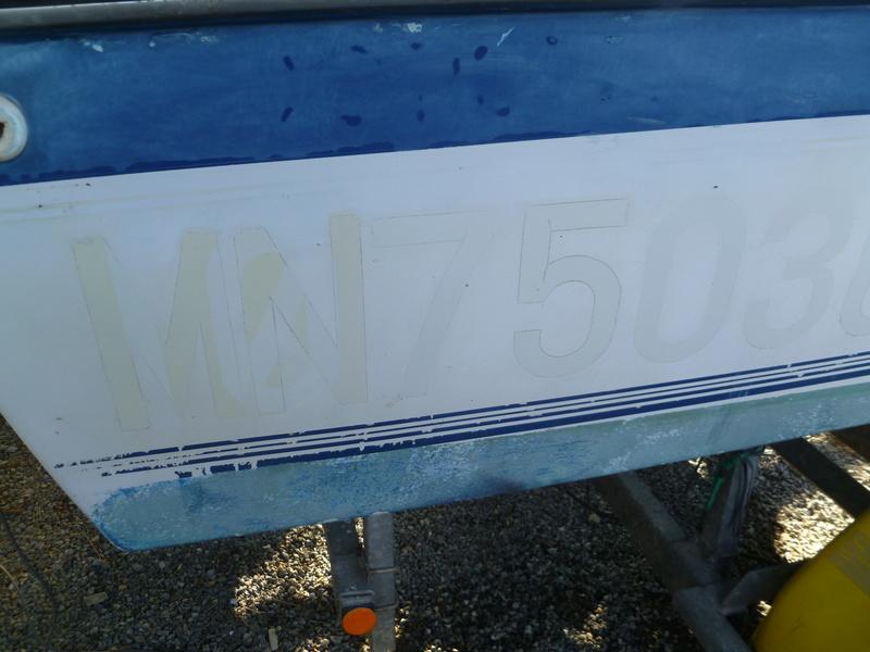 Démontage d'un bateau a moteur et réfection totale P1050530