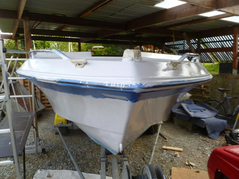 Démontage d'un bateau a moteur et réfection totale P1050623