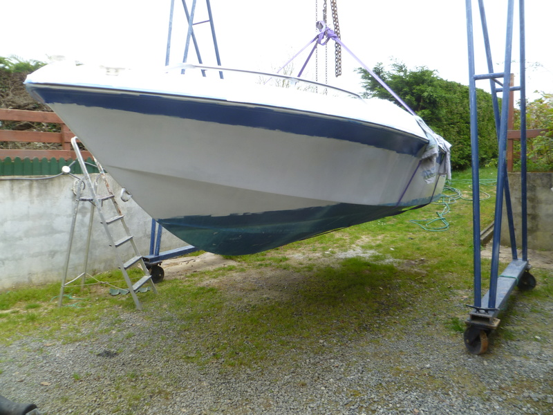 Démontage d'un bateau a moteur et réfection totale P1050628