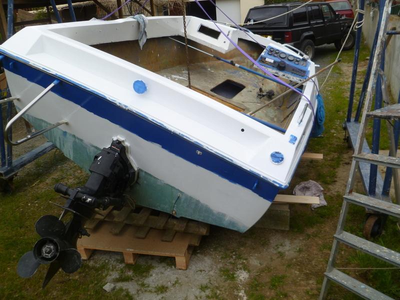 Démontage d'un bateau a moteur et réfection totale P1050631
