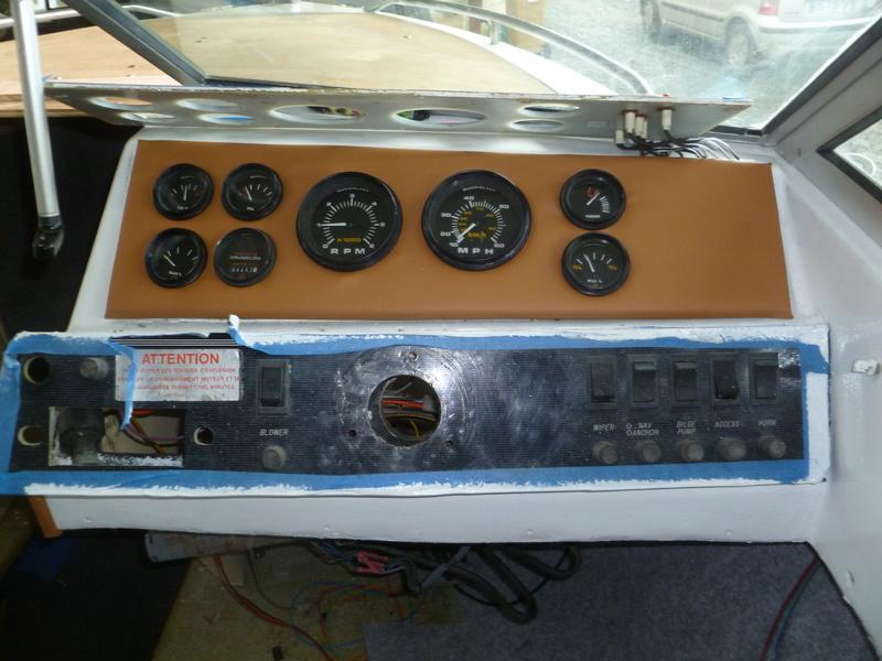 Démontage d'un bateau a moteur et réfection totale P1050718