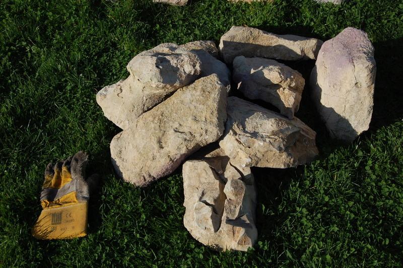 Lot de grosses pierres ton beige / sable (pierres de lune ?) Dsc_0713