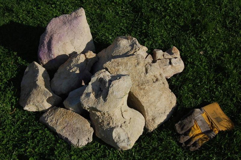 Lot de grosses pierres ton beige / sable (pierres de lune ?) Dsc_0714