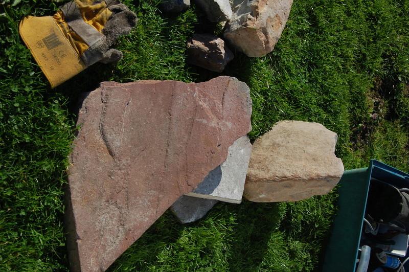 Lot de grosses pierres ton beige / sable (pierres de lune ?) Dsc_0715