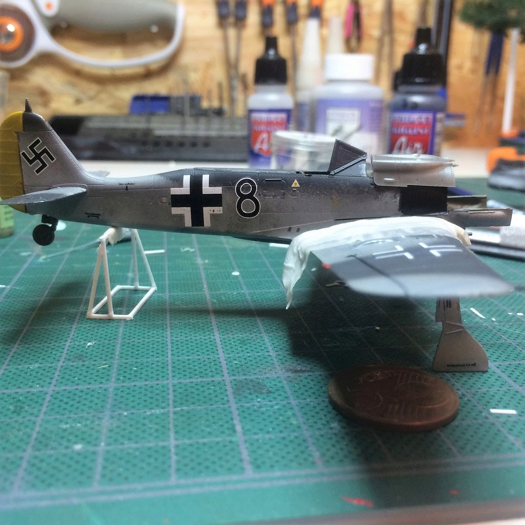 FW 190A8 - EDUARD ROYAL CLASS + Brassin -1/72 + projet diorama (Trois avions terminés) - Page 5 Img_7646