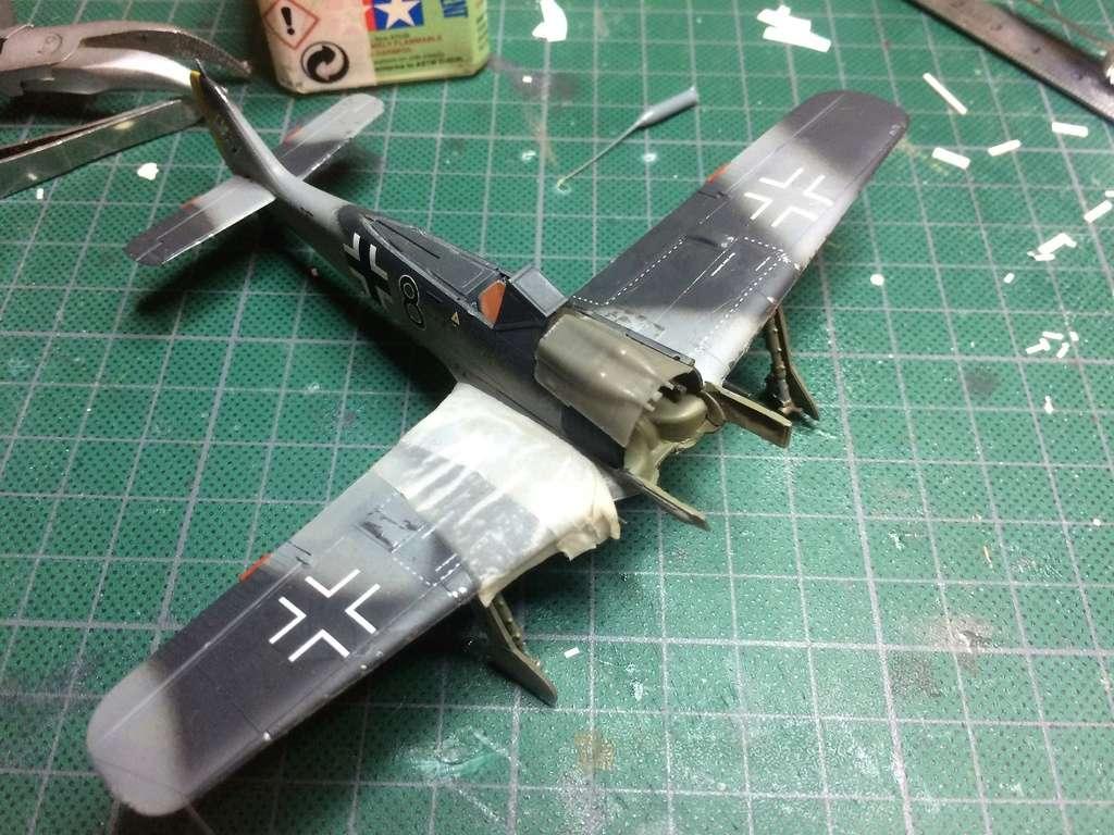 FW 190A8 - EDUARD ROYAL CLASS + Brassin -1/72 + projet diorama (Trois avions terminés) - Page 5 Img_7650
