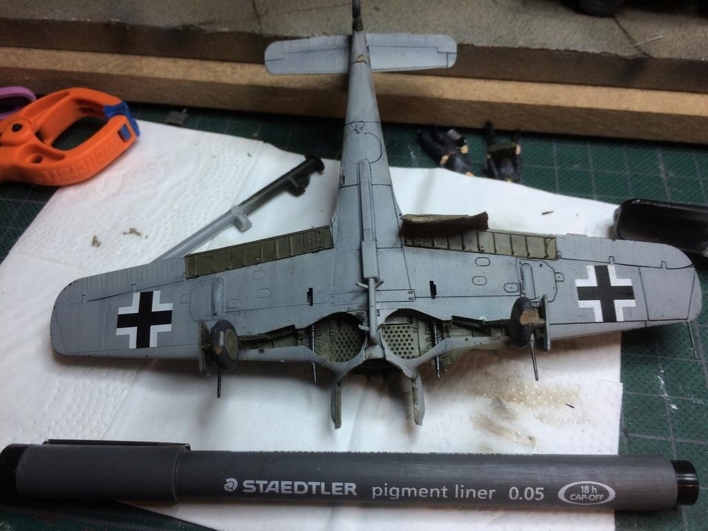 FW 190A8 - EDUARD ROYAL CLASS + Brassin -1/72 + projet diorama (Trois avions terminés) - Page 10 Img_8210