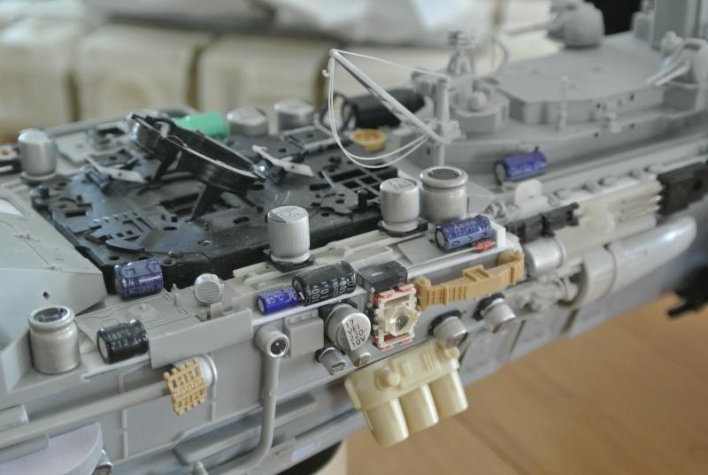 vaisseau hopital 1/350 Dsc_2921
