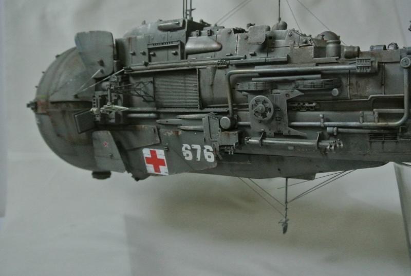 vaisseau hopital 1/350 Dsc_3012