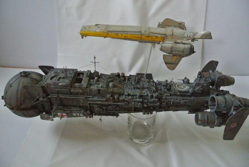 vaisseau hopital 1/350 Dsc_3110