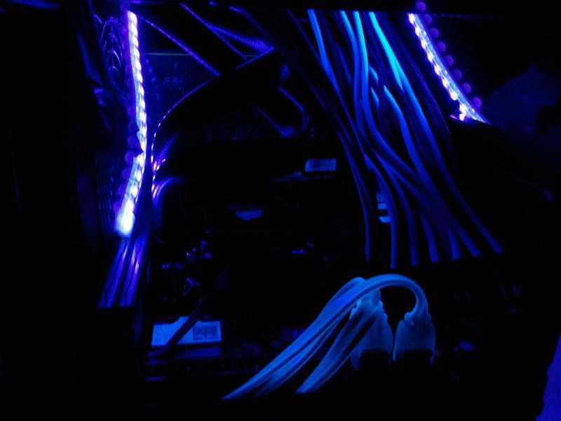 Silverstone Sugo 05 Blue/Black Cam00415