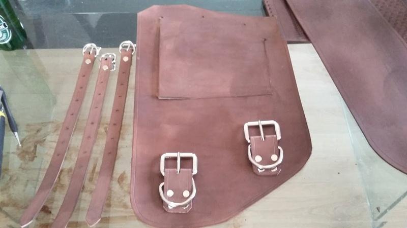 Fabrication d'une sacoche  latérale pour cadre rigide 20170215