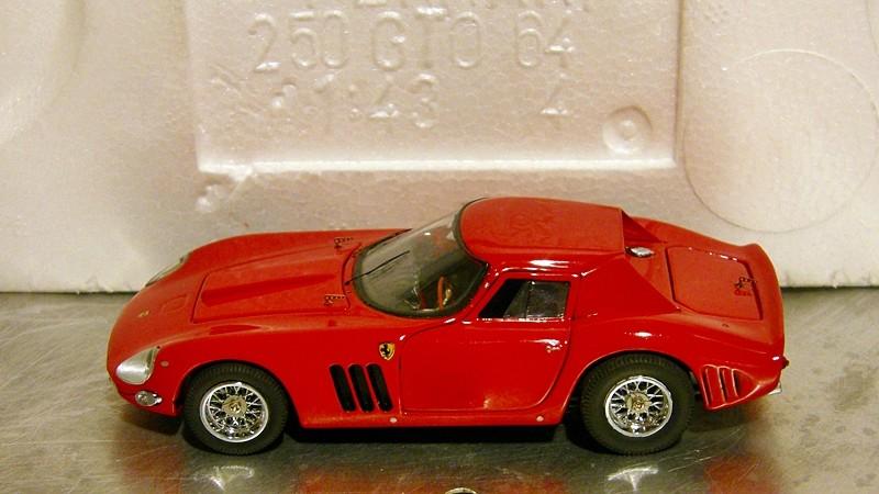 SERIE 3000 - Ferrari 250 GTO '64 Gto64_13