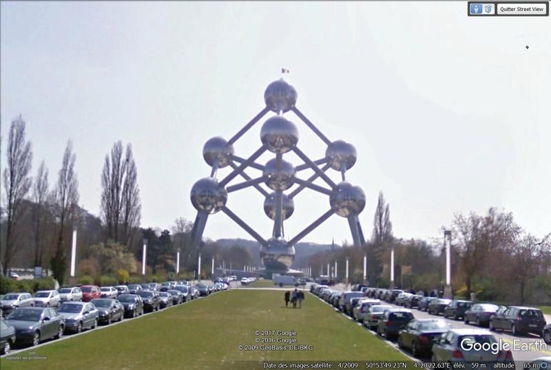 Street View: De l'iconisme en architecture. Atomiu10