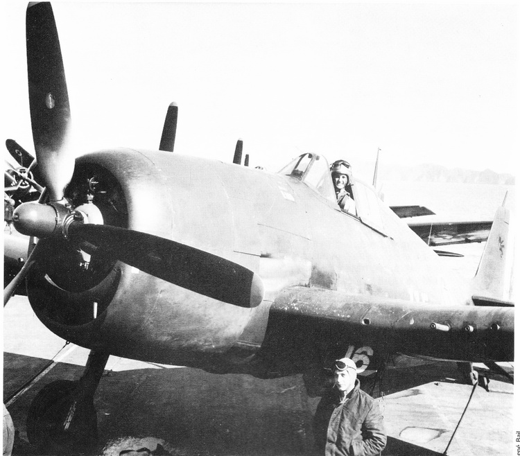 PORTE-AVIONS EN INDOCHINE 435