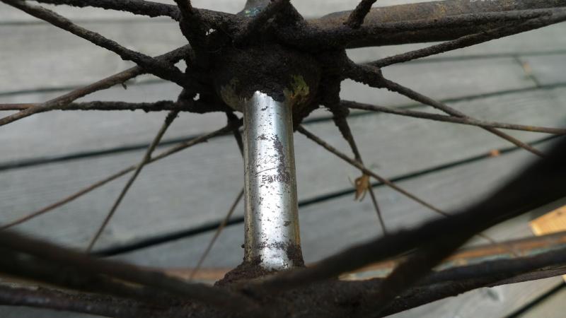 Vélo de course d'avant-guerre Moyeu10