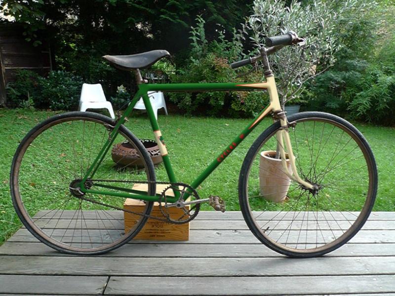 Vélo de course d'avant-guerre Valo210