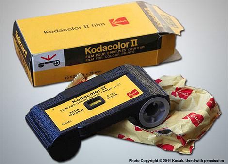 Premier appareil photo Instamatic Kodak-10