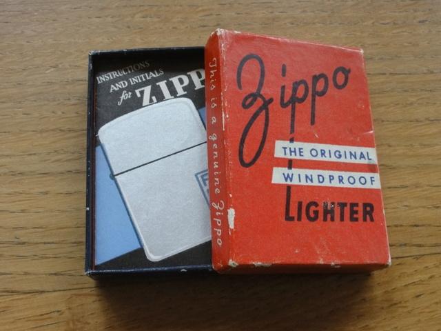 Les boites Zippo au fil du temps Dsc07632