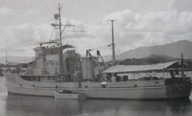 * TIARÉ (1944/1957) * P1000410