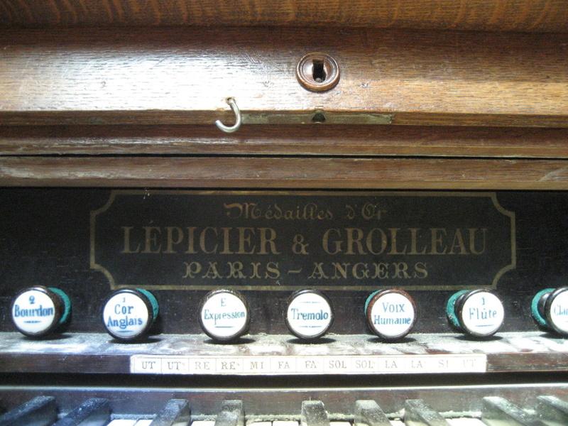 Harmonium du Puy Notre Dame Img_2211