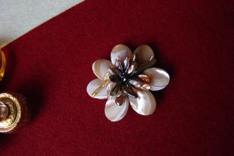 """""""Flori de piatră-Bijoux"""" albumul I-bijuterii artizanale marca Didina Sava 00410"""