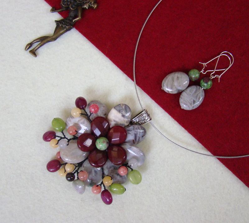 """""""Flori de piatră-Bijoux"""" albumul II-bijuterii artizanale marca Didina Sava - Pagina 15 00612"""