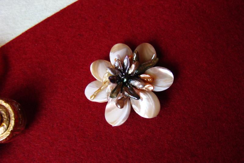 """""""Flori de piatră-Bijoux"""" albumul I-bijuterii artizanale marca Didina Sava 00911"""