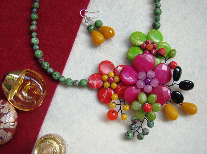 """""""Flori de piatră-Bijoux"""" albumul II-bijuterii artizanale marca Didina Sava - Pagina 15 Colie113"""
