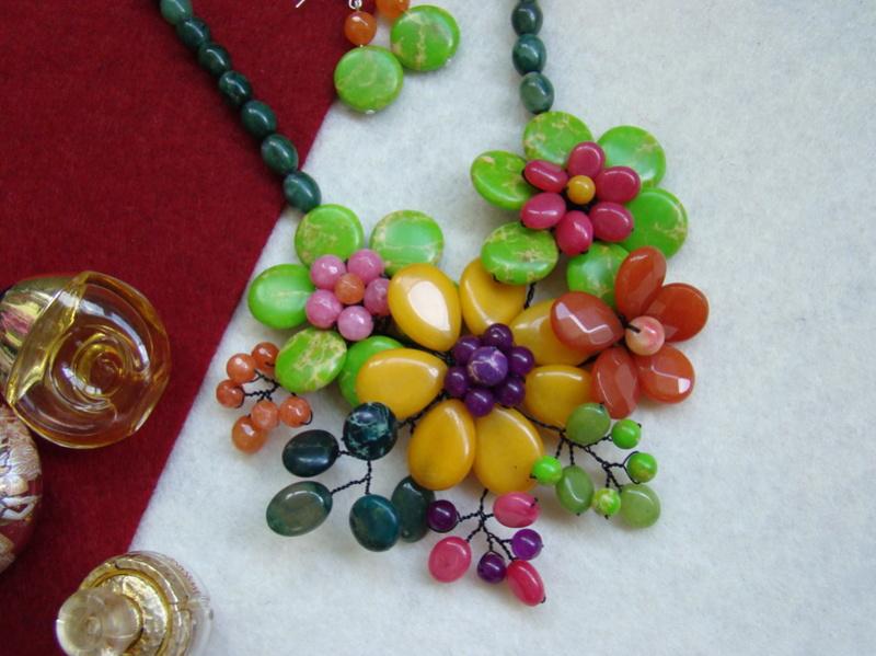 """""""Flori de piatră-Bijoux"""" albumul II-bijuterii artizanale marca Didina Sava - Pagina 15 Colie115"""