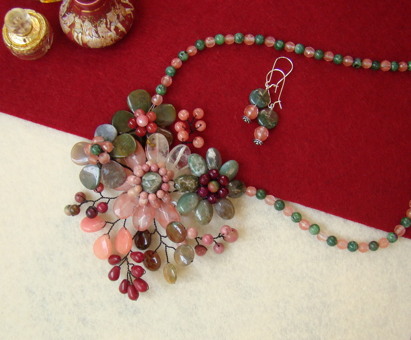 """""""Flori de piatră-Bijoux"""" albumul II-bijuterii artizanale marca Didina Sava - Pagina 10 Colie163"""